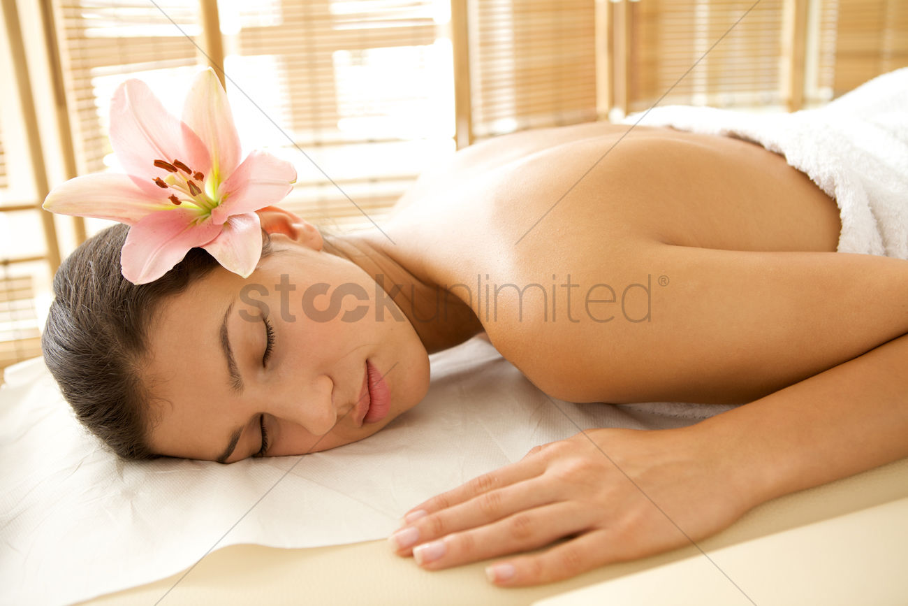 relaxing massage wollongong adult services